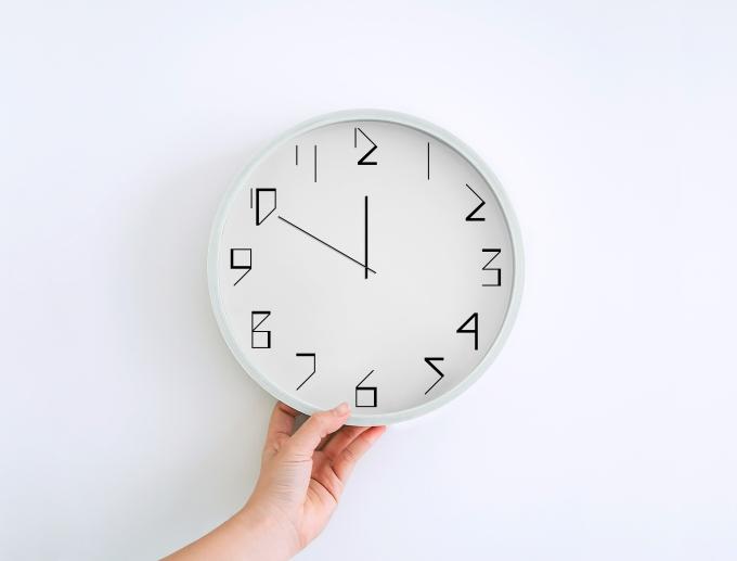 Wall Clock Mockup_01.jpg